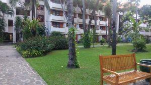 Park at Bintang Bali Resort at Kuta Bali