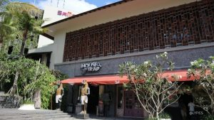 Open Air Mall and Dining Area at Samasta jimbaran