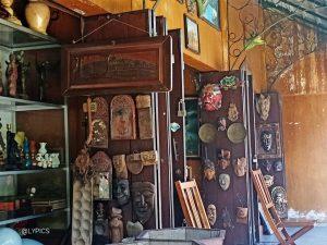 Triwindu Antique Market Ngarsopuro Solo Indonesia
