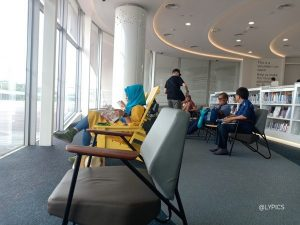 sea view lounge at the Library at Harbourfront Vivocity Mall Singapore
